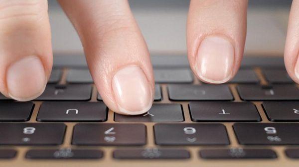 thay bàn phím laptop